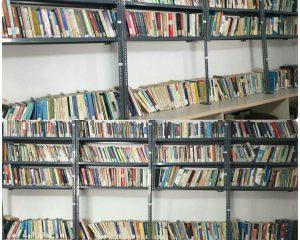 آماده شدن کتابخانه مرکز جهت استفاده دانشجویان از ترم جدید